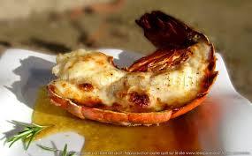 cuisiner une langouste queue de langouste grillée au four sauce au vieux pineau des