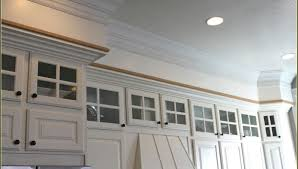 Crown Moulding Above Kitchen Cabinets Commendable Images Munggah Endearing Isoh Infatuate Duwur