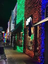 Rochester Michigan Christmas Lights by Have You Seen The Biggest Light Show In Michigan