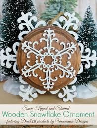 10 beautiful snowflake crafts and ornaments