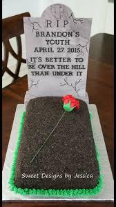 halloween cemetery cake 40th birthday grave tombstone cake my cakes pinterest 40
