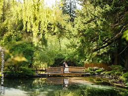 outdoor wedding venues oregon lakeside gardens portland weddings oregon wedding venues 97236