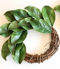 how to make a diy magnolia wreath the simply organized home