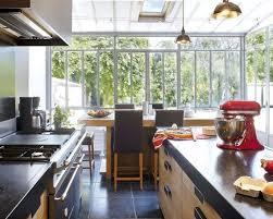 cuisine veranda aménager une cuisine 12 solutions pour optimiser l espace