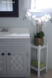 Half Bathroom Paint Ideas by 25 Best Painted Bathrooms Ideas On Pinterest Bathroom Paint