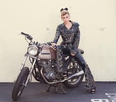 Miley Cyrus Backyard Sessions Download Miley Cyrus Jolene Lyrics Metrolyrics