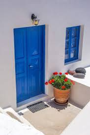 Painting Doors And Trim Different Colors Best 25 White Stucco House Ideas On Pinterest Mediterranean