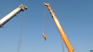 engine mountings bucket crane truck with lifting working platform