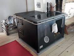 holzherd küche der specksteinherd ist die beliebte wärmequelle in der küche an