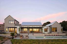 farmhouse style house the images collection of contemporary country rhtraintoballcom