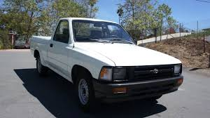 toyota trucks 1993 toyota pickup 4 cyl 22 r e 1 owner clean youtube