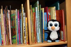 Kid Bookshelf How To Raise A Kid Who Loves To Read Simplemost
