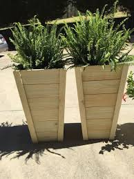 Front Door Planters by Best 25 Planter Boxes Ideas On Pinterest Building Planter Boxes