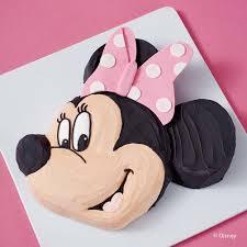 minnie mouse cakes pretty minnie mouse cake wilton