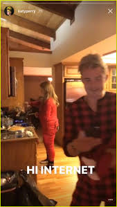 thanksgiving in 2016 katy perry u0026 orlando bloom spent thanksgiving in onesies photo