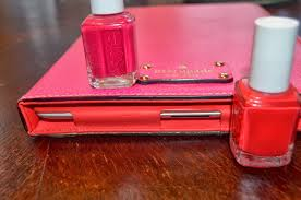 Different Shades Of Red Chelsea Rhane Pink Or Red Too Too