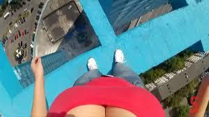 narrow picture ledge insane russian girl walks on narrow ledge on high rise youtube