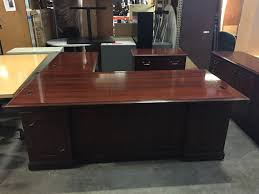 Kimball Office Desk Pre Owned Furniture Jsi And Kimball Traditional Office Suites