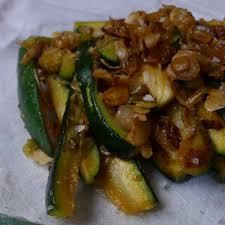 cuisiner des courgettes à la poele courgettes poêlées au safran annelysecuisine fr le site d