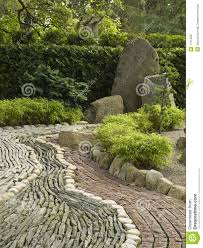 pierre pour jardin zen décoration en pierre dans le jardin japonais photographie stock