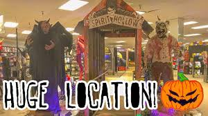 location costume halloween