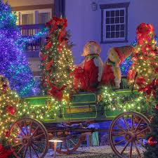 inn at christmas place in tennessee popsugar smart living