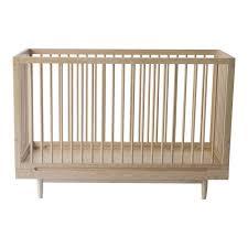 chambre bébé évolutif lit bébé évolutif chêne nobodinoz design bébé enfant