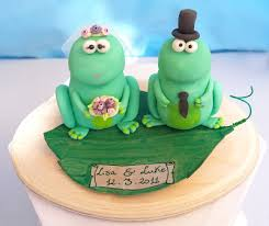 funny froggies wedding cake toppers for the eit monthly challenge