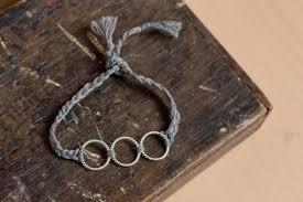 bracelet braid thread images Circle friendship bracelet how to braid a friendship bracelet jpg