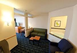 Comfort Inn And Suites Fenton Mi Fairfield Inn And Suites Flint Fenton Fenton Mi United States