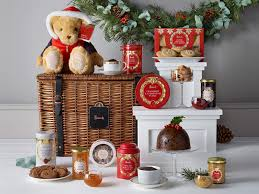 11 best christmas food and drink hampers the independent