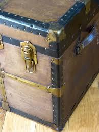 antiques atlas canadian eveleigh cabin trunk