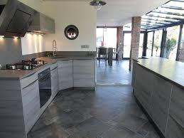 cuisine carrelage gris carrelage gris cuisine carrelage metro gris pour relooker les murs