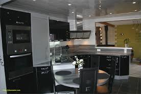cuisine laqué noir cuisine laquée élégant meuble de cuisine noir delinia