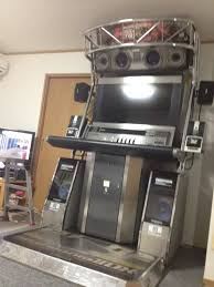 japanese arcade cabinet for sale buying japanese arcade cabinets isn t for the weak feeble or cheap
