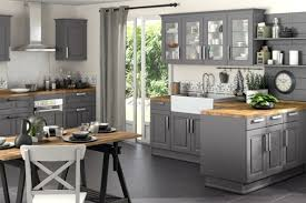 idee deco cuisine grise cuisine grise et bois gris clair on decoration d wekillodors com