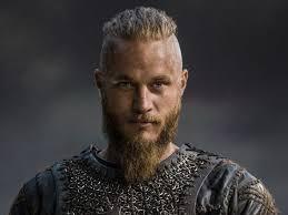 travis fimmel hair vikings star s raw talent is all natural news mail