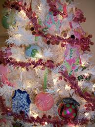 shopaholic in alabama two more trees lilly pulitzer football