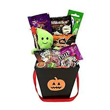 chagne gift basket 25 best gift baskets ideas on