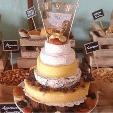 wedding cake made of cheese wedding cakes made out of cheese are a thing and they re glorious