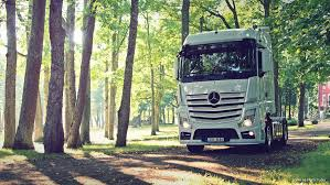 mercedes actros 2014 mercedes actros 1845 by shadowphotography on deviantart
