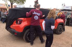 jeep renegade exterior 2015 jeep renegade north american debut at moab easter safari