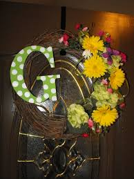 early spring wreath for the front door craft ideas