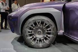 lexus division toyota motor sales toyota u0027s luxury division lexus thinks plug in hybrids are dumb