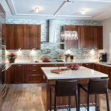 Photos HGTV - Backsplash for cherry cabinets