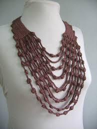 trellis ladder yarn necklace instructions 365 crochet maxicolar collar or necklace free crochet pattern