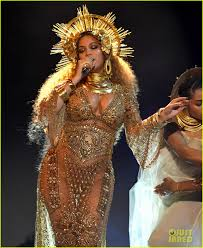 Beyonce Coachella by Beyonce Cancels Coachella 2017 Performance On The U0027advice Of Her