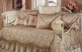 bedding set gratify gratifying white daybed set top black and