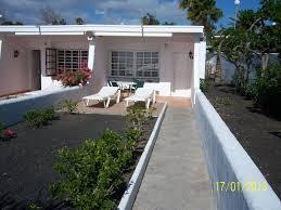 bungalows villas blancas lanzarote in puerto del carmen lanzarote
