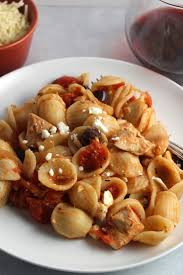 leftover chicken pasta sauce with tomatoes and onion cooking chat